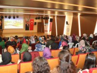 Talas'ta anne adaylarına doğum öncesi hazırlık kursu