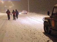 Erciyes'te kar ve tipiden mahsur kalan 45 kişi kurtarıldı