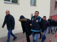 Kayseri'de Araç kiralayanlara zorla senet imzalatan 12 kişilik çete yakalandı