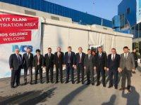 KTO Yönetim Kurulu Başkanı Ömer Gülsoy'a stant ziyaretlerinde