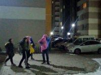 Kayseri'de deprem Vatandaşlar kendilerini sokağa attı