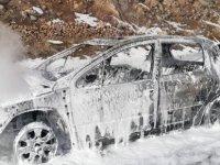 Kayseri'de Seyir halindeki araç alev alev yandı