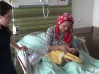 Kayseri Şehir Hastanesi'nde doğum yapan annelere Bebek Uyum Servisi'nde özellikli hizmet veriliyor