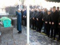 Eski Kayseri Büyükşehir Belediye Başkanı Mustafa Çelik'in eşi İkbal Çelik'in acı günü