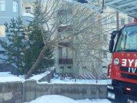 Yavuz Selim Mahallesinde 5 kattan atlayarak intihar etti