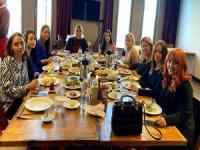 Kayserispor'lu yengeler kahvaltıda bir araya geldiler