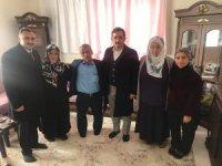 Mustafa Aksu ve Cabbar'dan şehit evine ziyaret