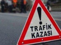 Hisarcık'ta Virajı alamayan araç şarampole uçtu: 4 yaralı