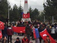 Kayserili vatandaşlar 3 gündür sokağa çıkmaya devam ediyor