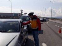 Kayseri'de şehrin giriş ve çıkışları sağlık ekipleri tarafından kontrol altında