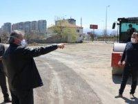 Melikgazi Belediyesi Yıldırım Beyazıt Mahallesinde 10 farklı bölgede temizlik yapıyor