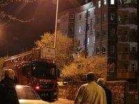 Kayseri'de çatıya çıkıp intihar etmek istedi