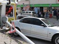 Mevlana mahallesinde otomobil dehşet saçtı: 1 ölü