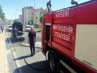 Yenimahalle'de Seyir halindeyken yanan otomobil kullanılamaz hale geldi