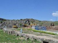 Bünyan Karakaya Mezarlığında yeni düzenleme çalışması yapılıyor