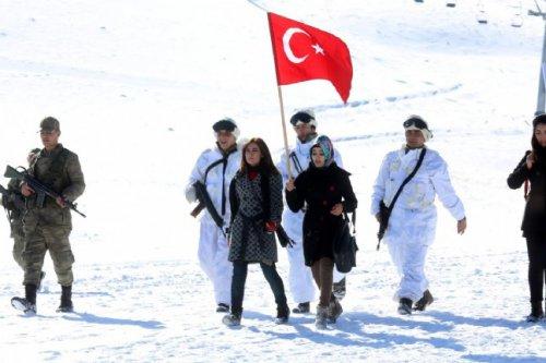 21424_turkiye-sarikamis-sehitlerini-andi_736416.jpg