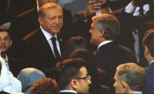 erdogan-kizinin-dugununde-izzetbegovic-le-yan-8438256_7934_m.jpg